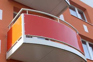 Výplně zábradlí balkónů